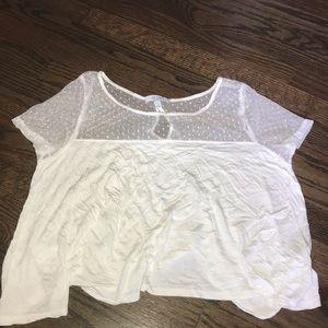 Delia's White Crop Top (size M)